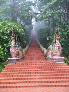 doi-suthep stairs